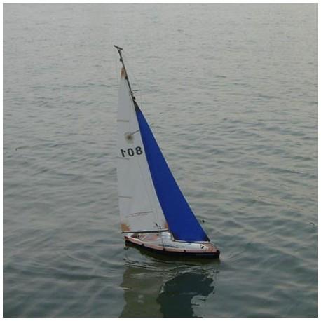 Discovery - fjernstyret sejbåd med styring af ror og sejl!