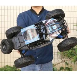 Super Offroader bil med 4WD trækker på alle 4 dæk!